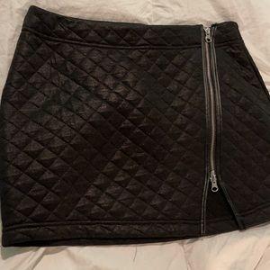 NWT Woman's Express Skirt